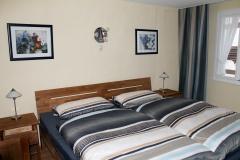 9) Schlafzimmer Alte Römerstraße
