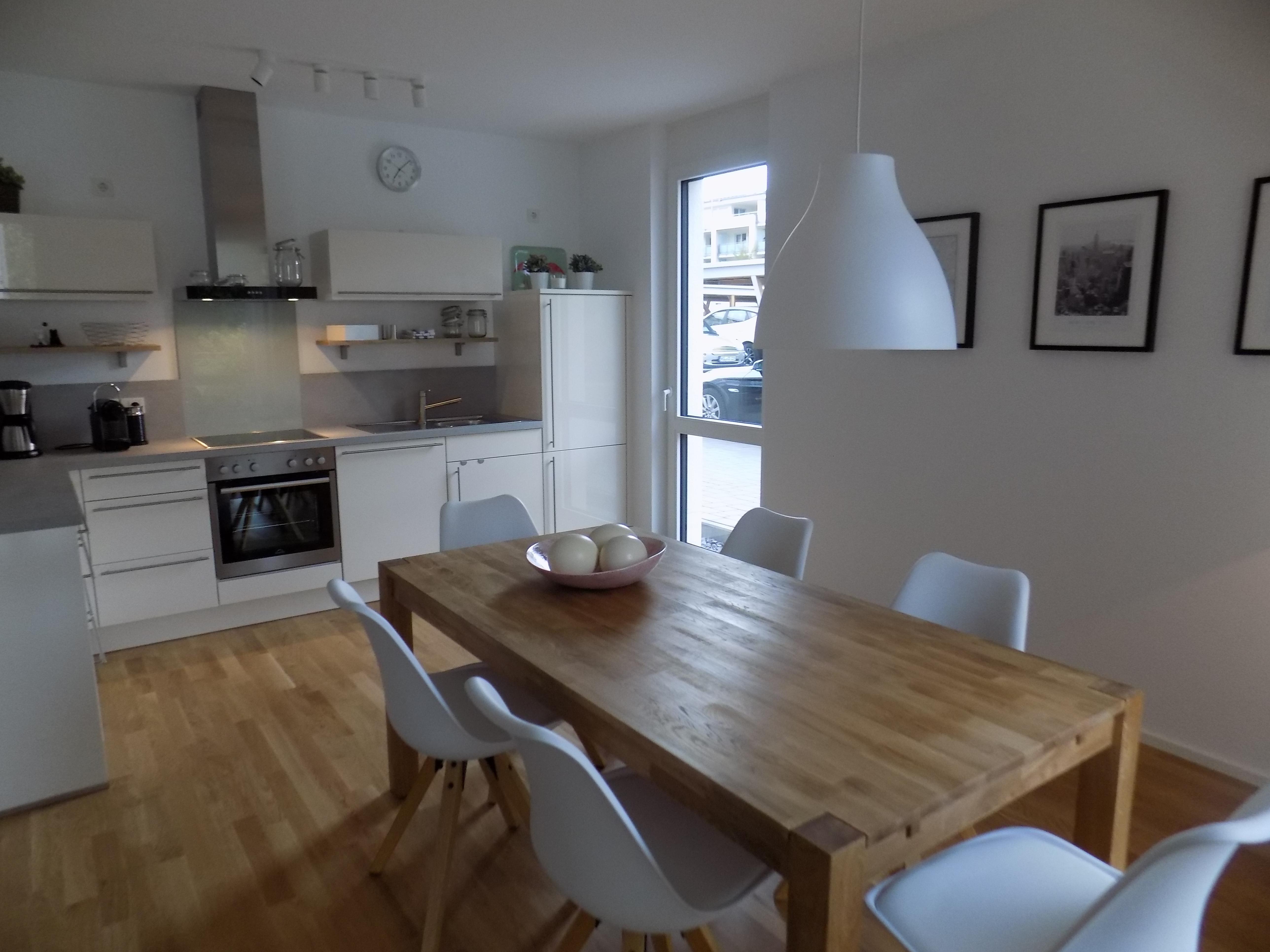 Küche & Essbereich